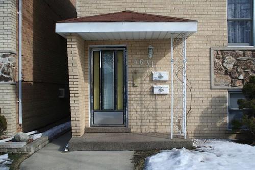 Mid-Century storm door