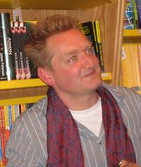 Giles Milton 1