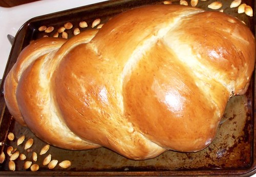 Another view of the loaf without seeds.