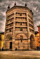 Parma 5 (gatogrunge) Tags: italia cityscape slowfood parma golddragon mywinners abigfave anawesomeshot impressedbeauty aplusphoto goldstaraward