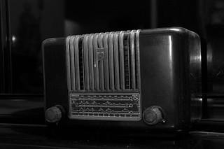 Old Radio Player