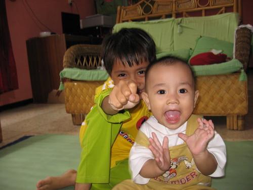 Alex dan Faisal