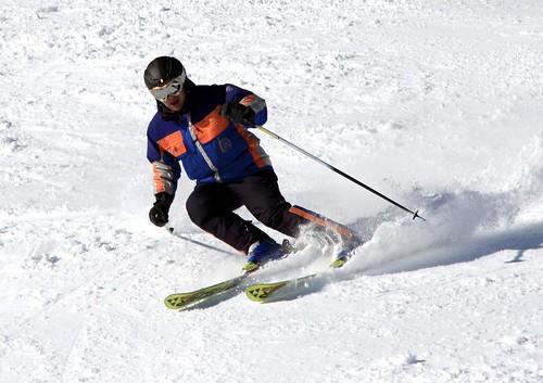 Nacho esquiando 06