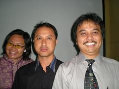 Bersama Roy Suryo