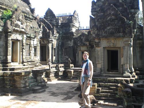 Jen inside Banteay Samre