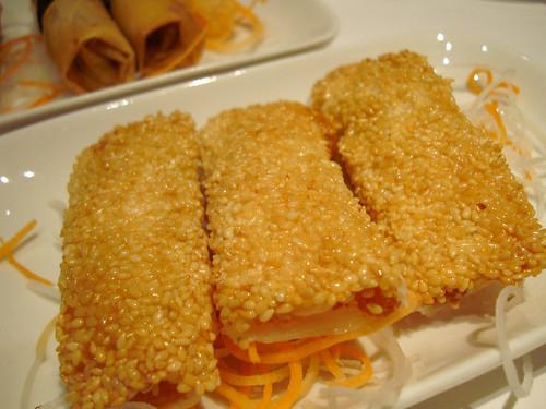 Pearl Liang sesame paper prawn
