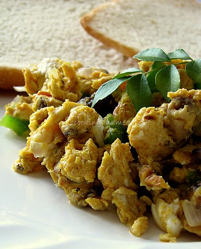 Akoori Recipe | Scrambled Eggs with Mushrooms & Masala