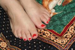 Jennys happy, smiling feet.
