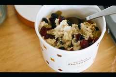 starbucks 'perfect oatmeal' with spoon