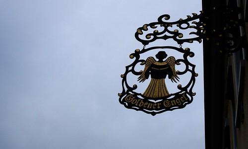 D-60388 Frankfurt Goldener Engel