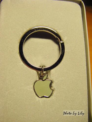 我居然也有Apple的鑰匙圈!感謝傅老大!