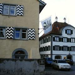 Haus Salesis (rechts)