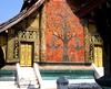 LAOS, Luang Prabang, Tempelfassade mit Mosaik  - 76 by roba66