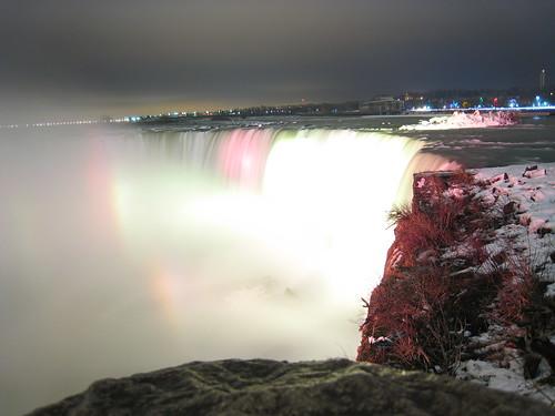 Horsehoe Falls, by night, in winter, Niagara Falls