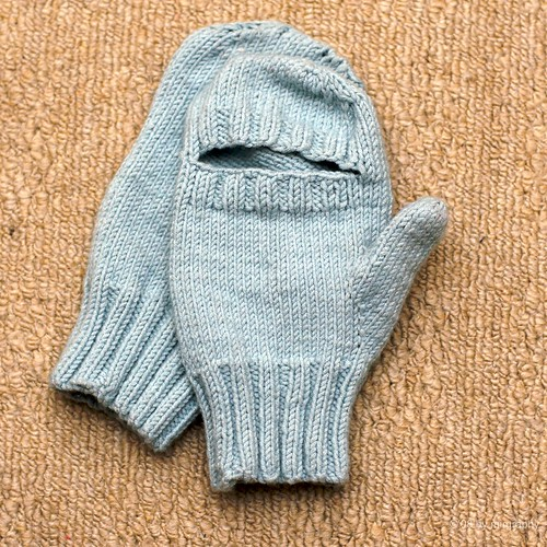 Finished peekaboo mittens