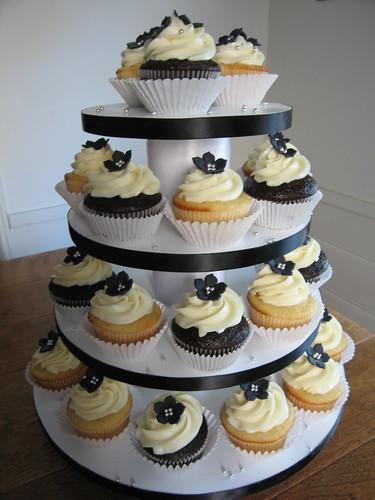 2601842383 86997a18e8 Baú de ideias: Decoração de casamento preto e branco
