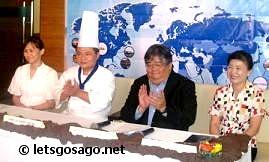 Chowking Panel (R-L) : Dr. Polly Yang, Chowking President Mr. Erwin Elechicon, Chef Liu Zheng Hsiung, and Ms.Wendy Hung