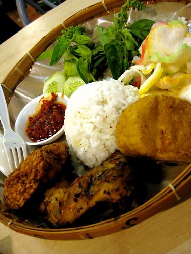 Sudanese food at Mal Ambassador