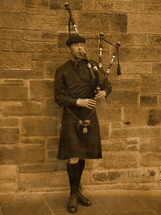 Bagpiper 30s Style