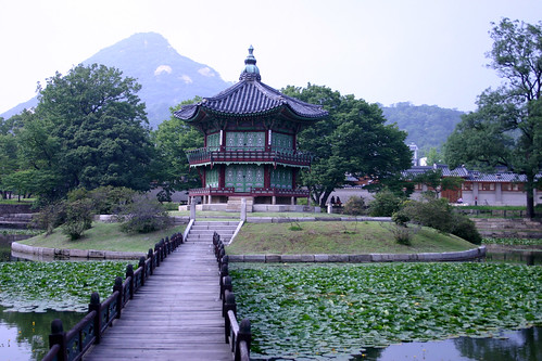 Geoncheonggung, a palace within a palace for King Gojong and his consort. It was here that Empress Myeongseong was assassinated the Japanses in 1895.