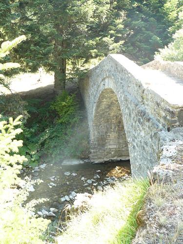 Η γ�φυρα του Γκ�κα (Κρανιά Ασπροποτάμου)