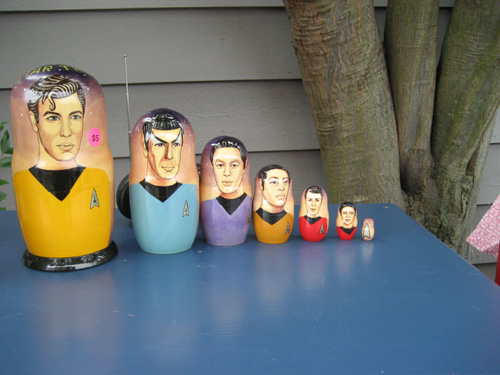 Nesting Star Trek Dolls