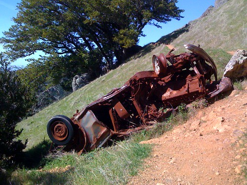 Crashed car by westcoastvol.