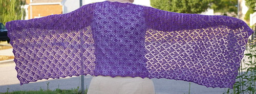 I own this pattern - it is very well written!  I just have to find the right yarn for it & I am totally knitting it.  :)