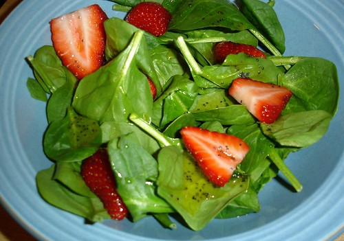 Spinch Salad with Strawberries and Poppy Seed Vinaigrette