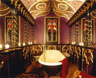 The Witchery's clawfoot tub!