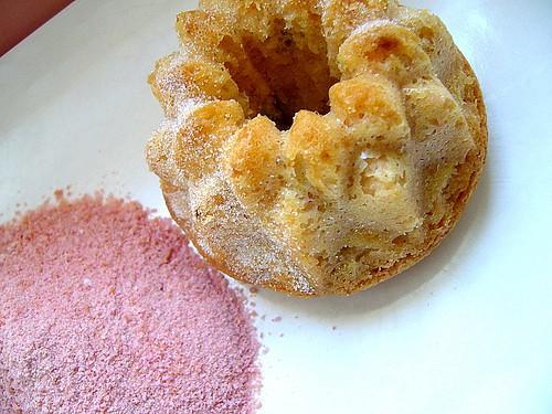 polvere biscotti rosa e ciambelline