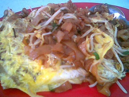 Coffee Castle's char kway teow 2