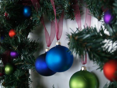 Ornament Wreath Detail