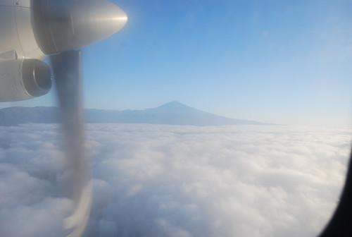 Teide sobre las nubes