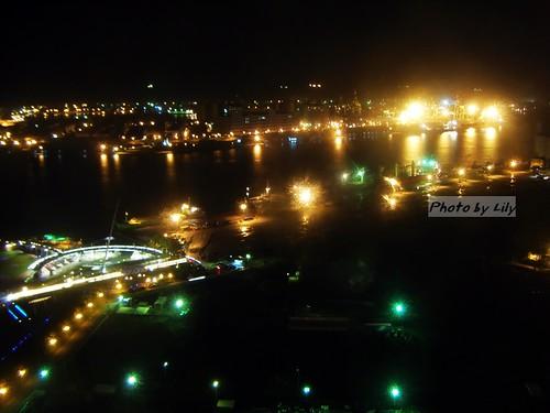 高雄港夜景之三。