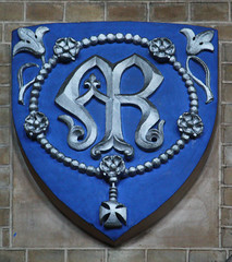 Shield of Our Lady of the Rosary, by Lawrence OP