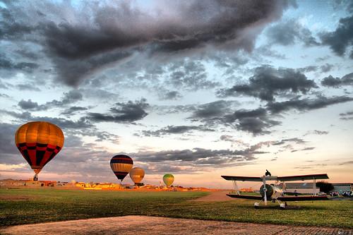 Une sélection de photos pour prendre votre envol en montgolfière.