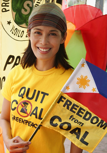 Greenpeace volunteer and celebrity Angel Aquino visits the Climate Defenders Camp in Iloilo City.