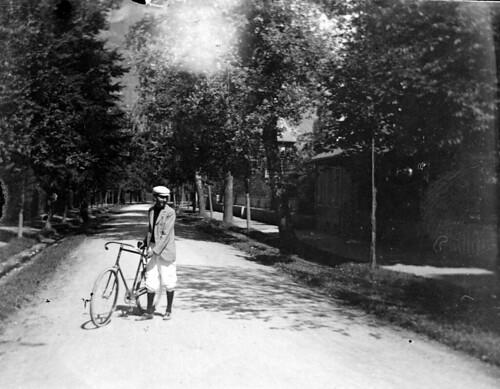 G. Compayre, Luchon, septembre 1895. Série A. Hanau n° 39