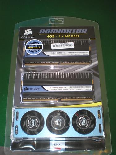 Corsair Dominator 4 Gb (2x2) DDR2-1066