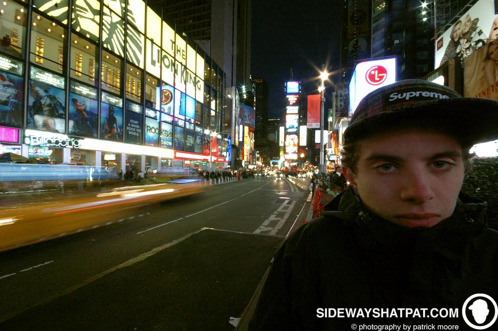 NYC08D2_times_sq_tim-036