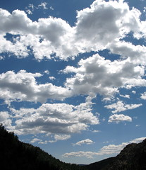 Bowl of Clouds by Kevin Dooley via flickr.com