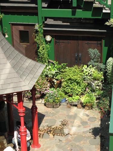 Gardens Near the Straw Hat Cafe