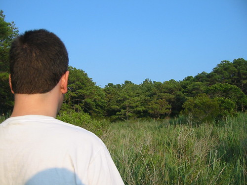 20070802 - Assateague Island beach camping - IMG_2906 - Clint looking at view