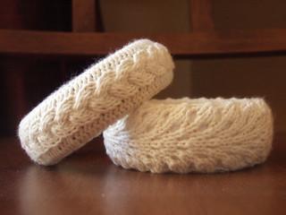 knit bangle