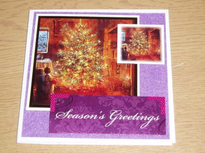 I know purple is an unusual colour for a christmas card, but i rather like it. Purple background is felt again.