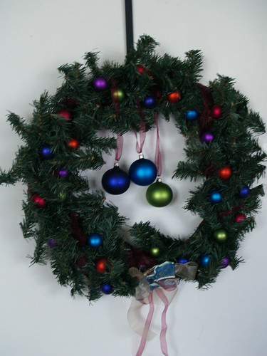 Simple Ornament Wreath