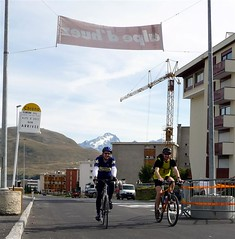 Chas and Chris finish Alpe d'huez