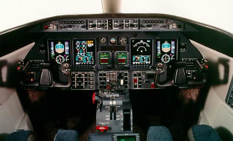 Controles Learjet