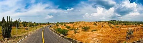 Die Strasse durch die Tatacoa-Wüste